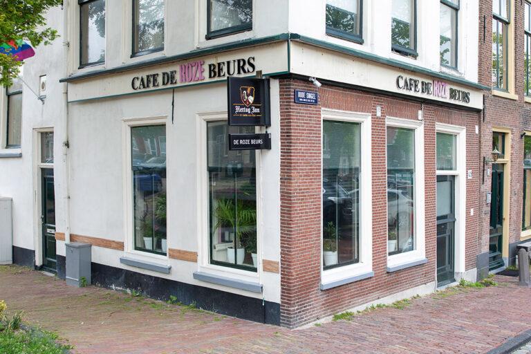 Gaycafé De Roze Beurs