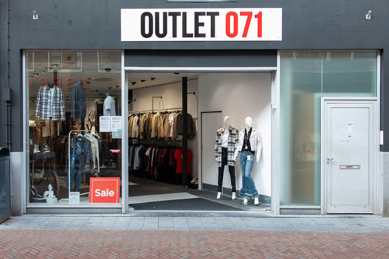 Outlet 071